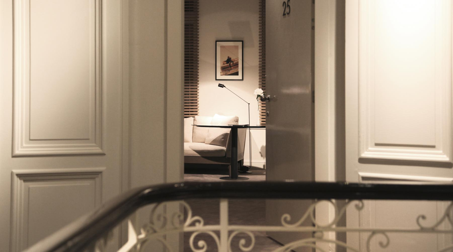 Marble In Antwerpen : Home hotel julien